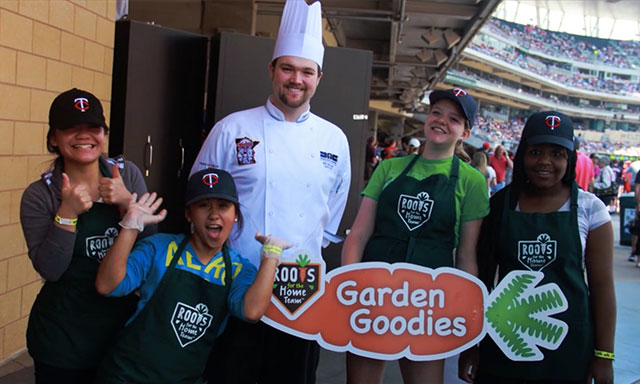 Roots for the Home Team participants with Minnesota Twins ballpark chef